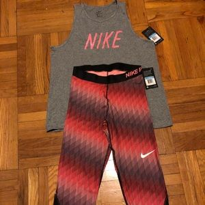 Authentic 💯 Women's Nike athletic apparel